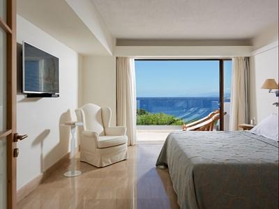 Deluxe Suite 1 Bedroom Classic Sea View