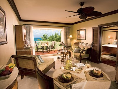 Caribbean Honeymoon One Bedroom Butler Suite du Sandals Grande St. Lucian