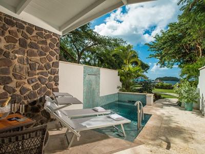 Beachfront Honeymoon Butler Room du Sandals Halcyon Beach