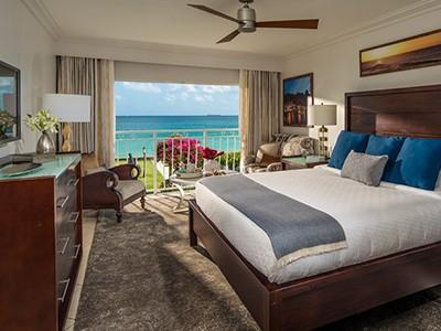 Emerald Oceanfront Room