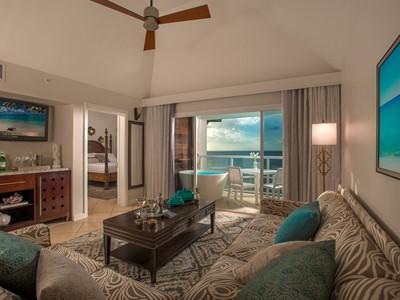 Sunset Bluff Penthouse Oceanview Butler Suite du Sandals Regency La Toc