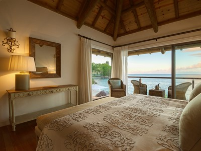 La chambre de la villa Sea Monkey aux Seychelles