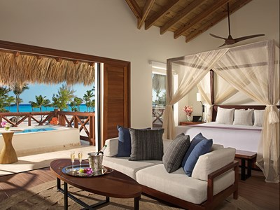 Preferred Club Bungalow Suite Swim-Out Ocean Front
