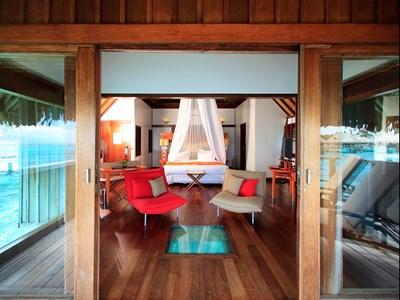 Luxury Horizon Overwater Bungalow