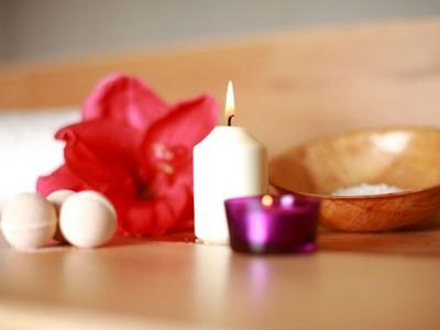 Soins du corps/ Emotions et soins Body treatments