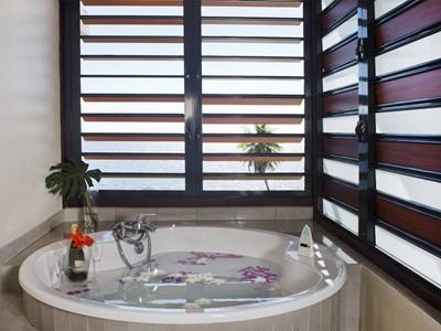 Ocean View Jacuzzi® Room de l'hôtel Tahiti Pearl en Polynésie
