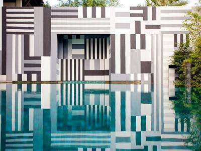 La piscine de la Bensley Suite