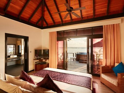 Horizon Water Villa