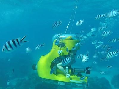 Tour en scooter sous-marin