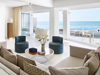 Villa White Private Pool -Sea Front