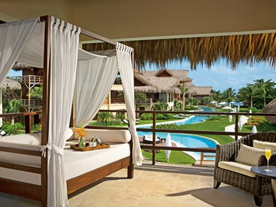 Romantic Junior Suite Pool View