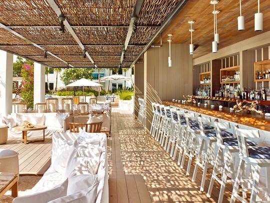 Le restaurant The Sand Box du 1 South Beach à Miami
