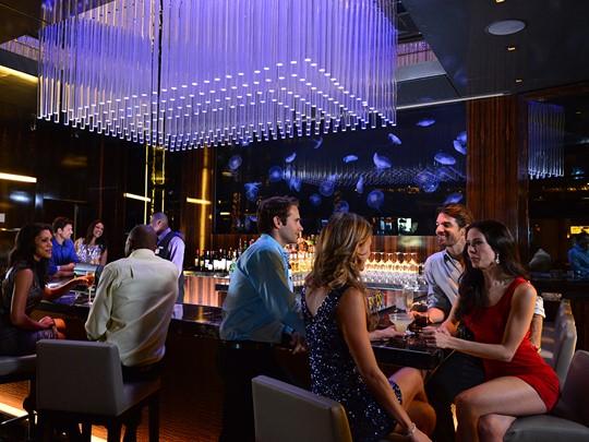Rafraîchissez vous au Moon Bar de l'Atlantis