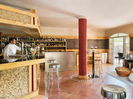 Une large selection de vins vous attend au Bahia Del Duque