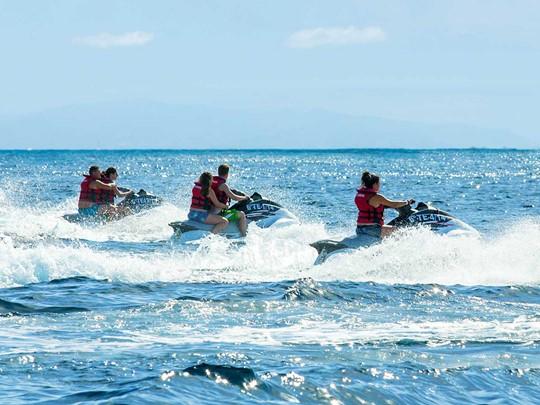 Profitez des nombreuses activités nautiques du Bahia Del Duque