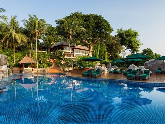 La piscine de l'hôtel Banyan Tree à Bintan