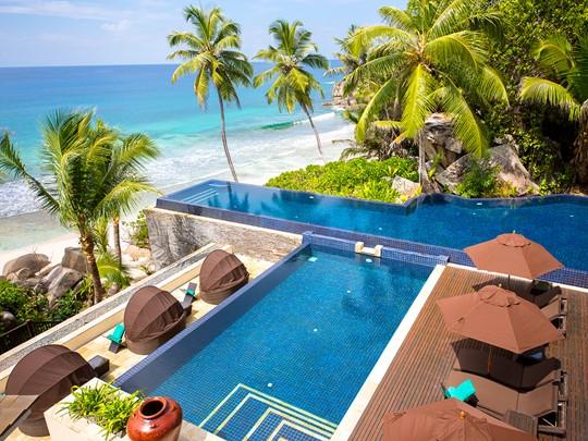 La piscine du Banyan Tree aux Seychelles
