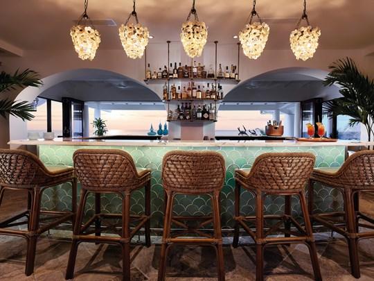 Le Baie Lounge Bar