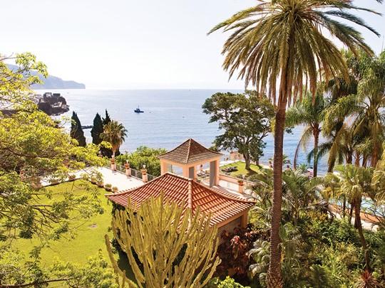Le Belmond Reid's Palace est situé au coeur d'un beau jardin tropical