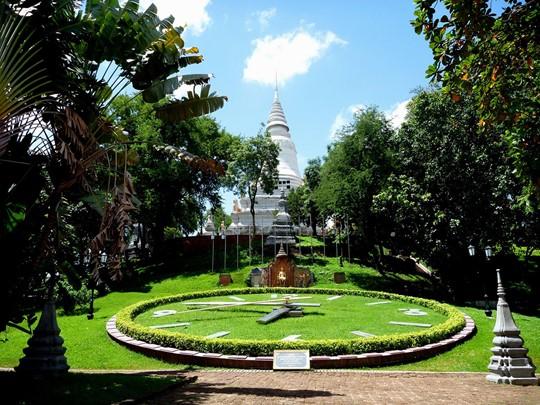 Visite de Wat Phnom au Cambodge