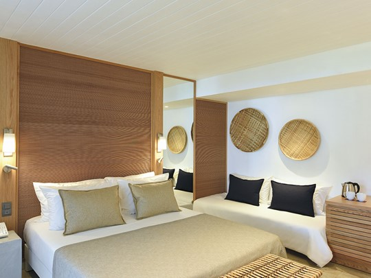 Deluxe Sea Facing Room