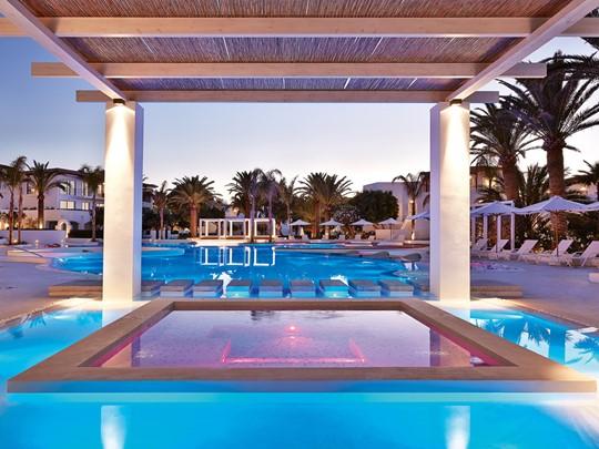Bain à remous de l'hôtel Caramel Grecotel en Grèce