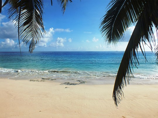 Le Carana Beach vous charmera par ses eaux turquoise