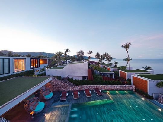Vue de la piscine et de l'hôtel Casa de La Flora en Thailande