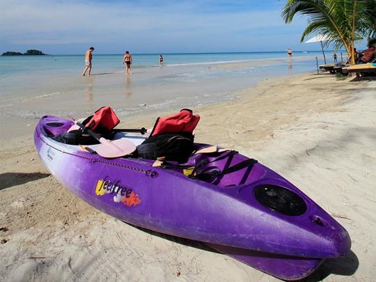 Activité nautique de l'hôtel Centara Tropicana situé en Thailande