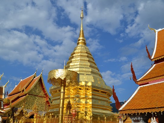 Le grand temple Wat Phrathat Doi Suthep