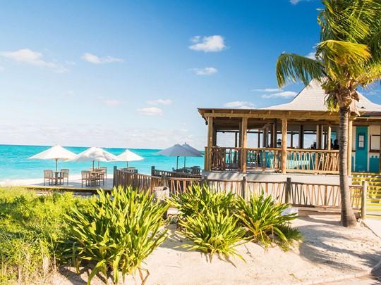 Le bar The Azul du Club Med Columbus Isle aux Bahamas