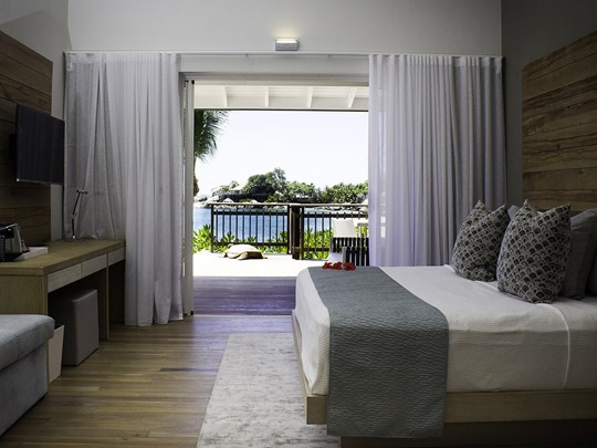 Ocean View Pool Chalet, Carana Beach Hôtel