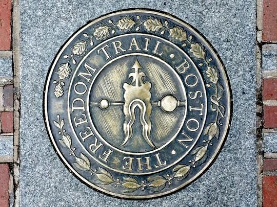 Suivez la freedom trail de Boston pour découvrir les monuments historiques de la ville.
