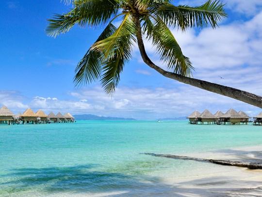 Plage immaculée de Bora Bora