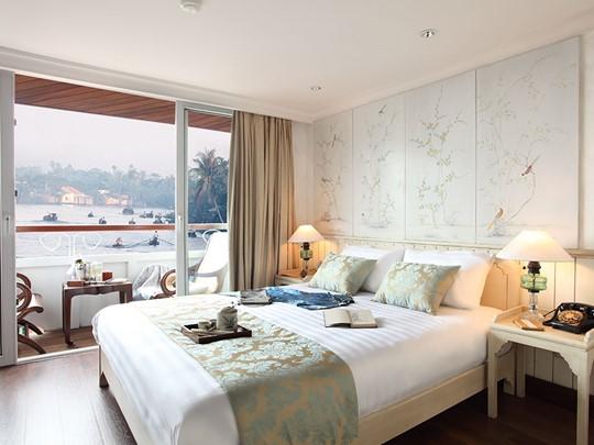 Séjour relaxant dans des cabines de luxe incomparables du bateau Jayavarman