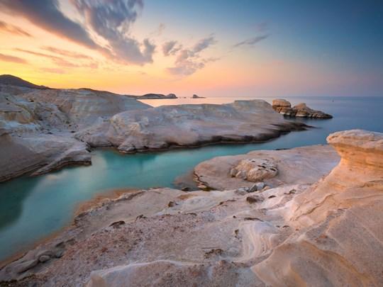 Les falaises de Sarakiniko, un paysage époustouflant