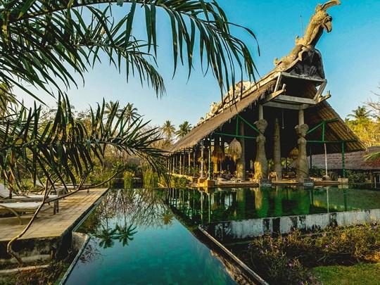 Le Tugu Lombok