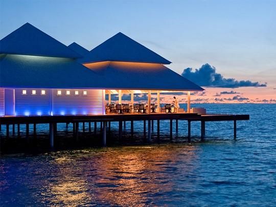 Restaurant Aqua Over The Water