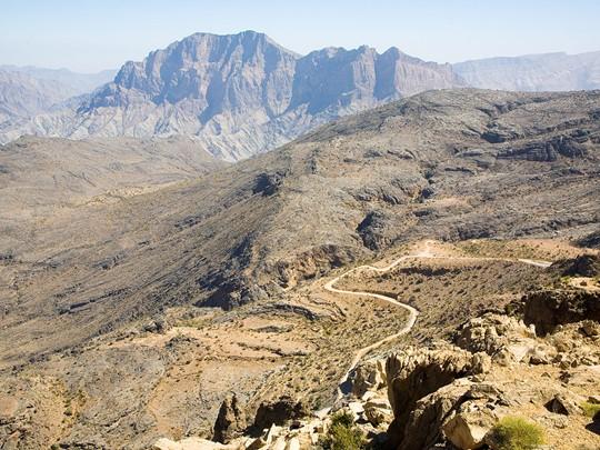 Poursuivez votre voyage vers Wadi Bani Awf