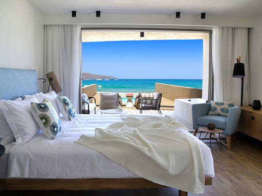 Suite With Private Heated Pool Pure Heaven Sea View