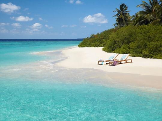 La plage de sable blanc
