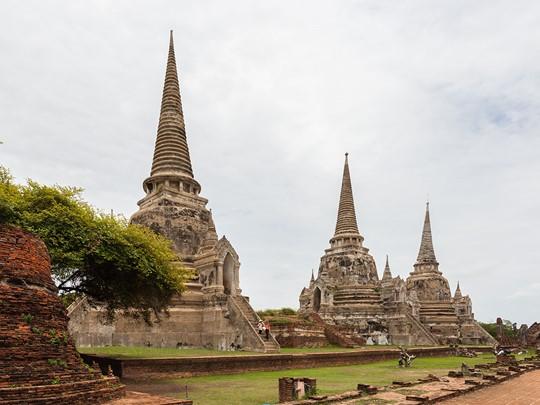 Visite du Wat Phra Si Sanphet; un des sites principaux d'Ayutthaya