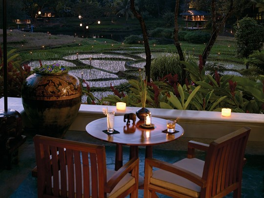 Le bar Elephant du Four Seasons situé en Thailande