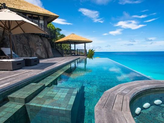 La superbe piscine de la Private Pool Villa