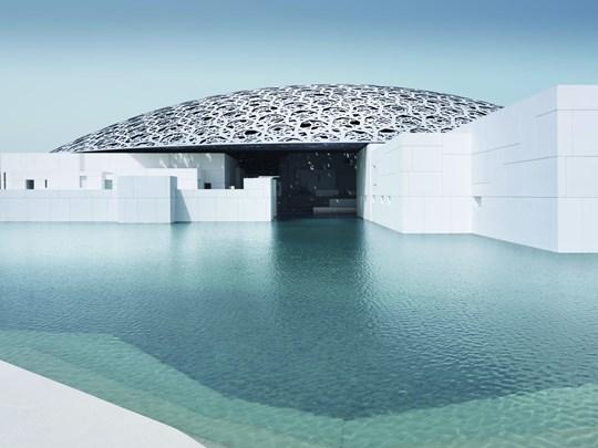 Aujourd'hui partez à la découverte d'Abu Dhabi en compagnie d'un chauffeur et d'un guide