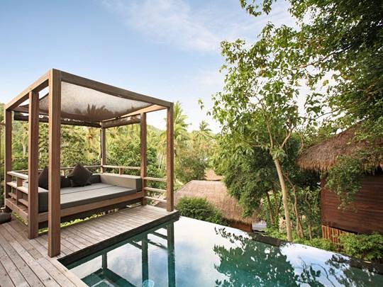 La superbe piscine de la Haadtien Pool Villa