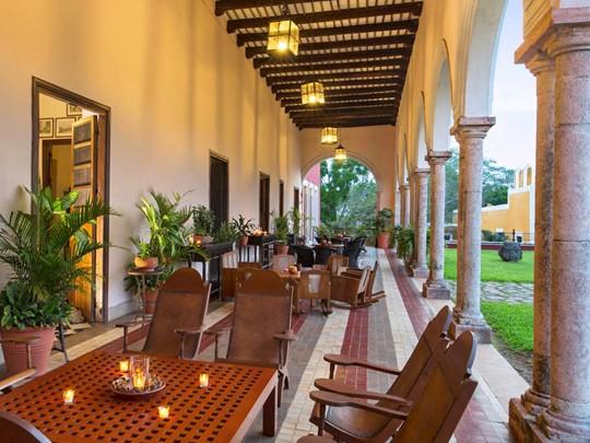 Le bar de l'Hacienda Temozon situé au Mexique
