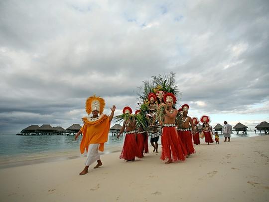 Mariage à l'hôtel Hilton Moorea Lagoon en Polynésie