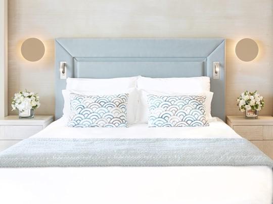 Deluxe One Bedroom Suite Private Garden