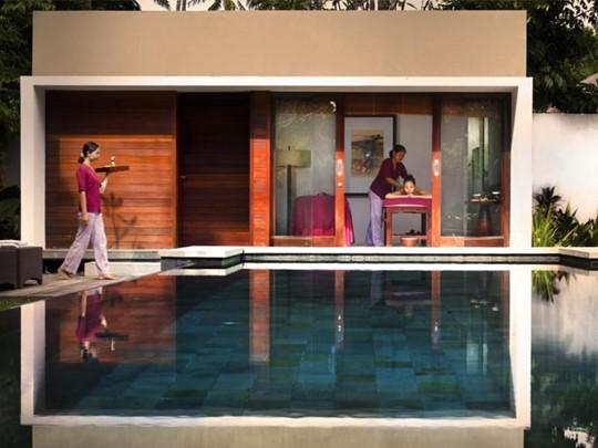 Le spa de l'hôtel et sa petite piscine